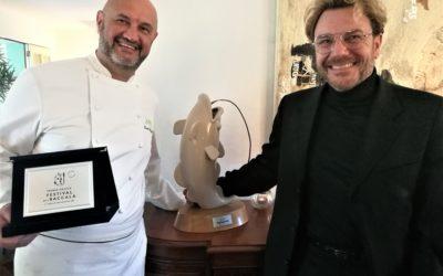 C'è Socrate nei piatti di Renato Rizzardi, il cuoco che alla Locanda di Piero non è mai stanco di cercare